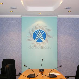 Рулонные шторы с логотипом