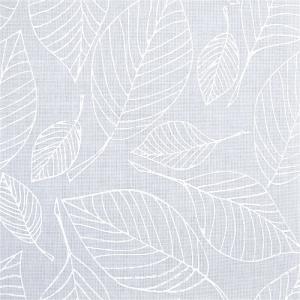 Закрытые рулонные шторы блюз белый